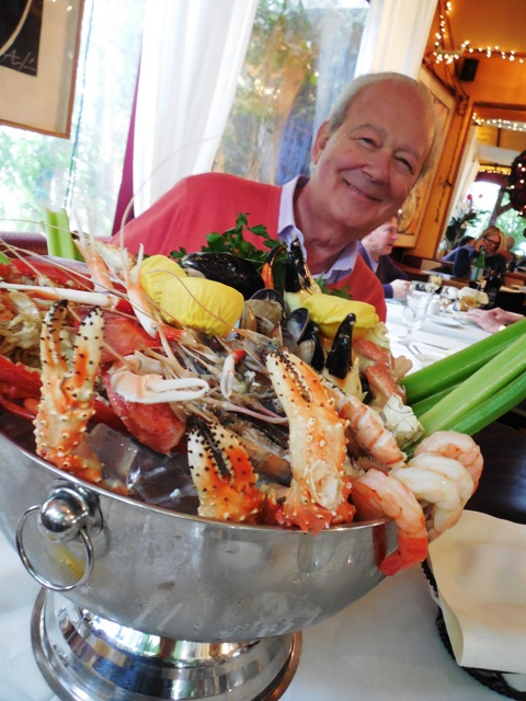 You really need to dine at Il Piccolino LA's best Mediterranean/Italian restaurant see why